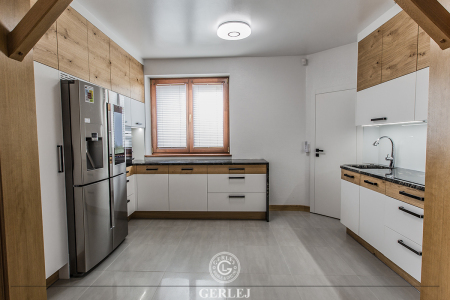 biale-kuchnie-nowoczesne