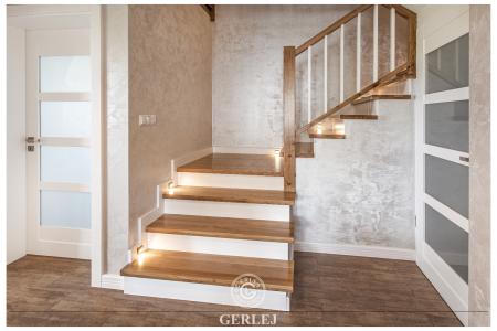schody-z-oswietleniem