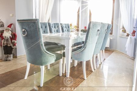 krzesla-tapicerowane-z-kolatka