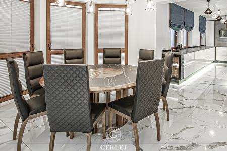 stol-ze-spiekiem-kwarcowym