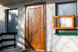 drewniane stylowe 09