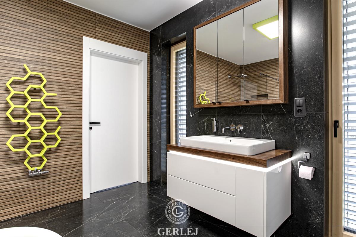 Szafki do łazienek malowane
